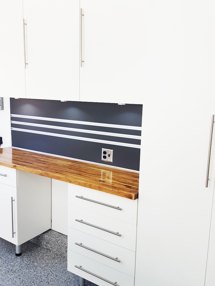 Utah-garage-cabinets-wood-style-countertop-Park City
