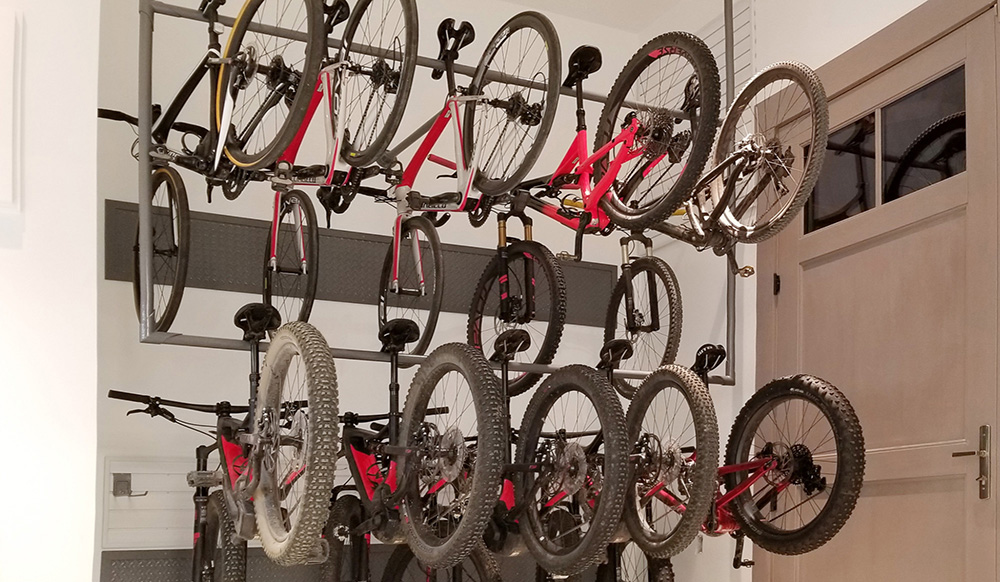 garage-organizer-tube-bicycles