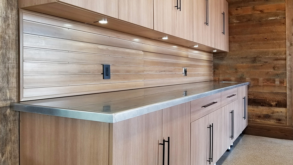 garage-lighting-residential-cabinets