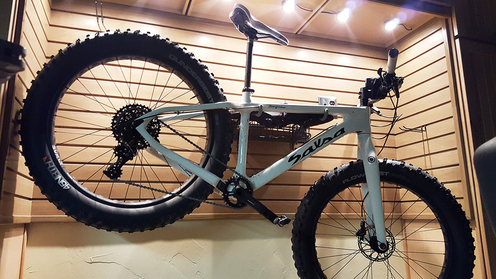 garage-storewall-lighting-mountain-bike