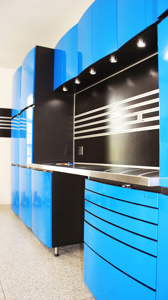 garage-lights-cabinets-countertop-satinless-steel-Salt Lake